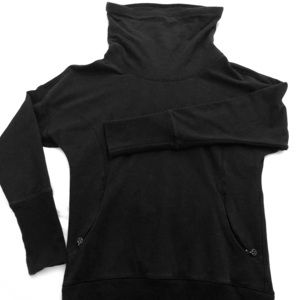 Lululemon: Rest Day Pullover: Black: Size 6